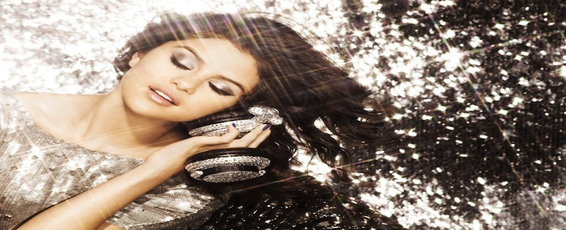 Selena_gomez_-_a_year_without_rain_---2